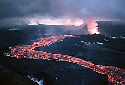 Lava flow during a rift eruption at Krafla, Iceland in 1984 Lava flow at Krafla, 1984.jpg