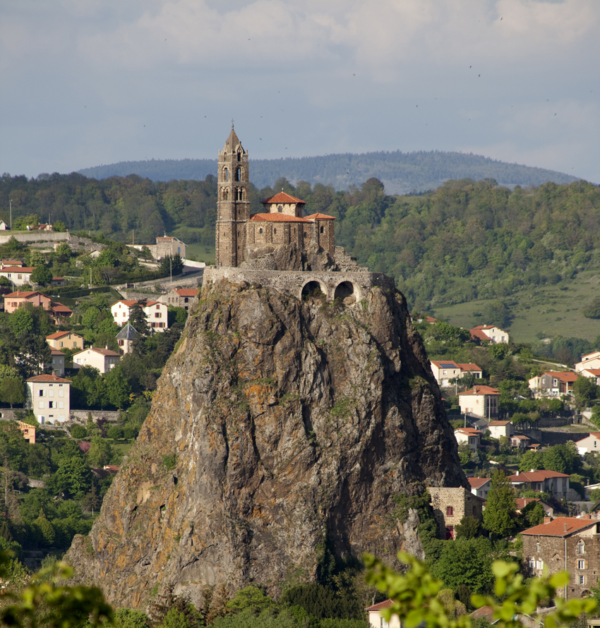 File le puy en velay glise saint laurent et aiguilhe pm for Au jardin st michel pontorson france