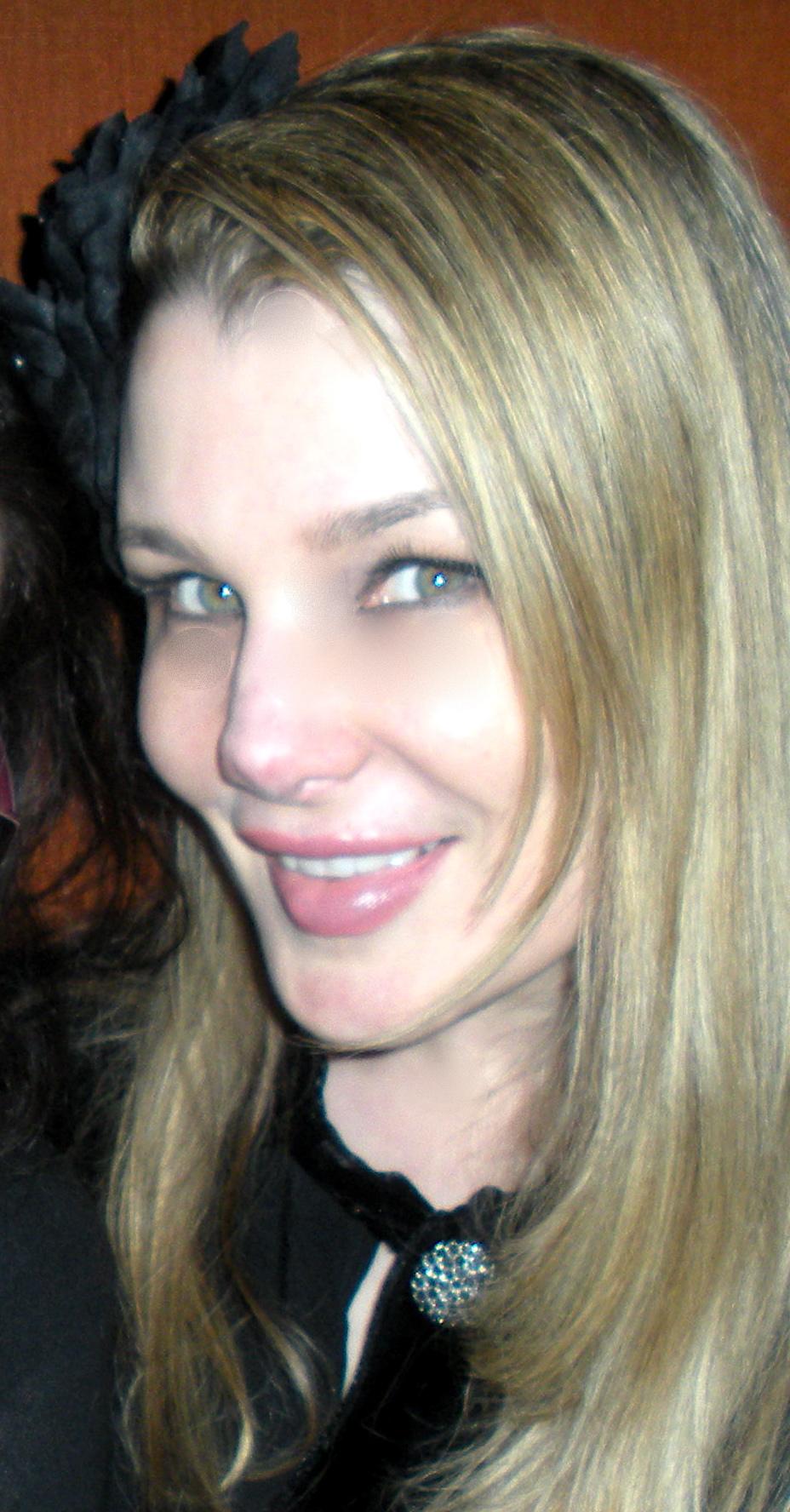 Lily Burana