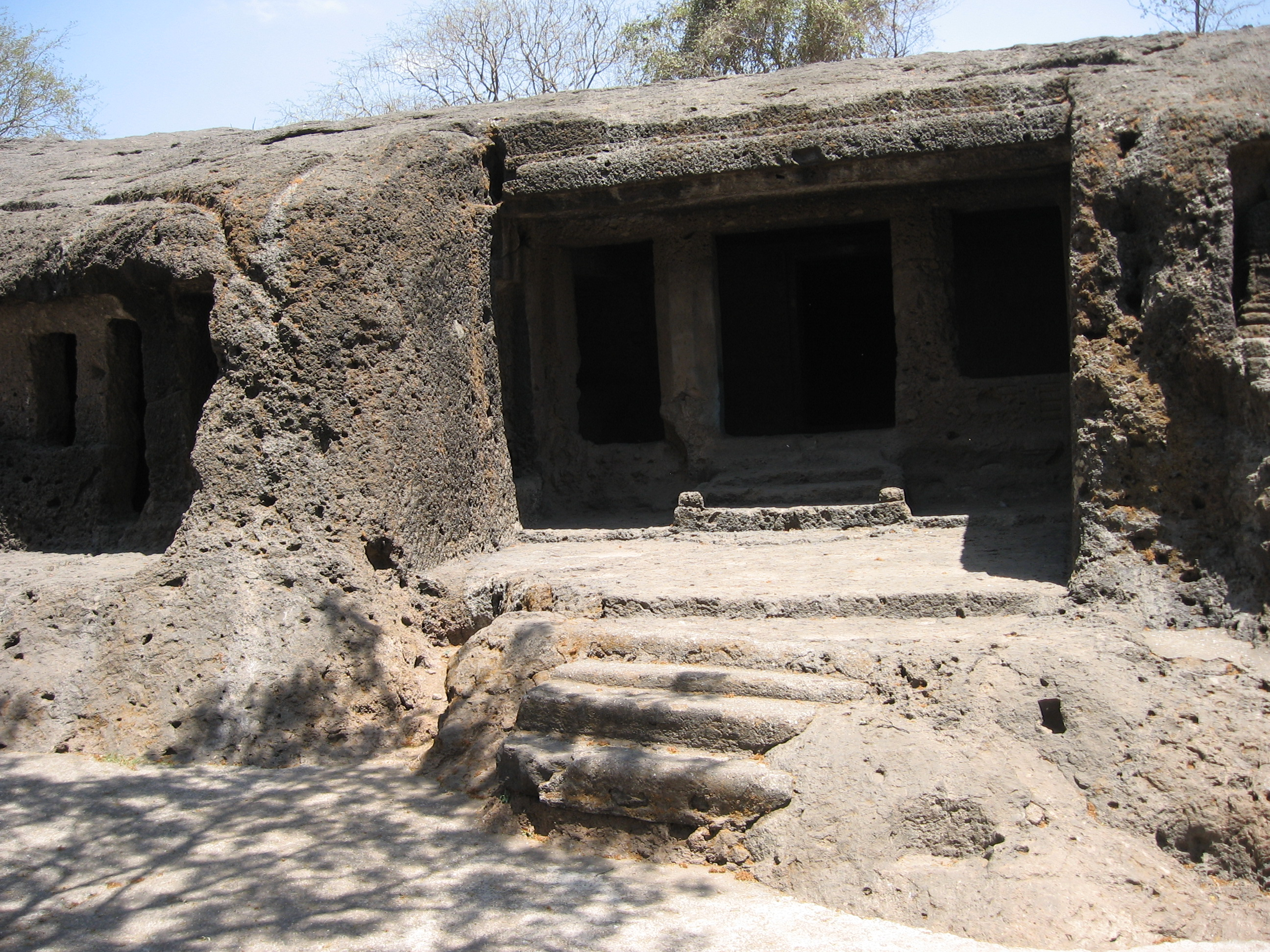 File:Mahakali caves 3.jpg - Wikipedia, the free encyclopedia