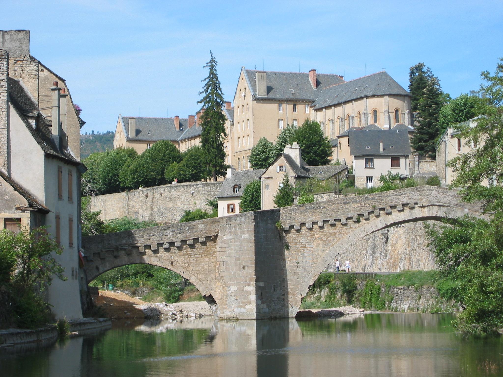 Fichier mende pont notre dame 4 jpg wikip dia - Saint paul trois chateaux piscine ...