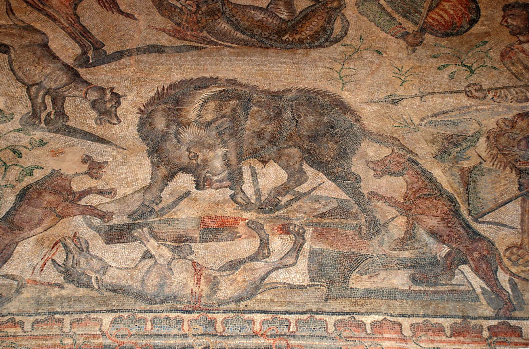 File mosaicos romano villa romana la olmeda 011 for Mosaico romano