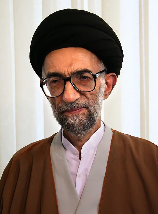سید مجتبی موسوی لاری
