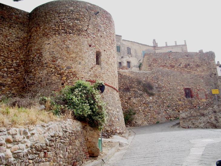 Mura di Montepescali (GR)