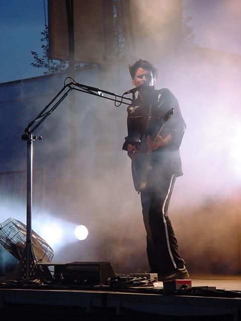 Muse Matt Bellamy 2004