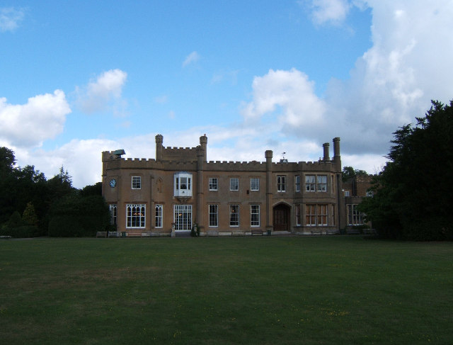 Nonsuch Mansion, Nonsuch Park, Surrey - geograph.org.uk - 32984