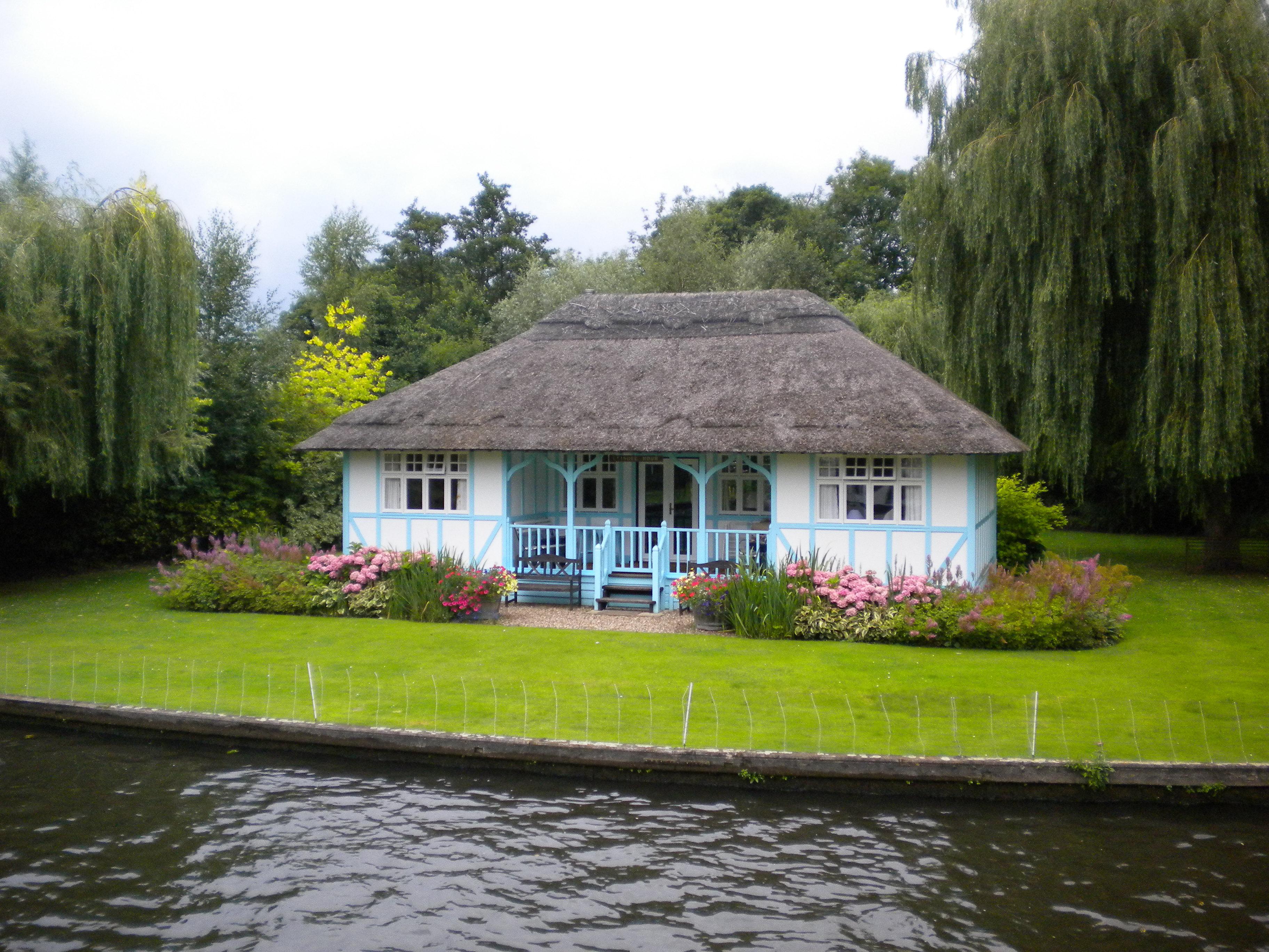 file old riverside house at wroxham jpg