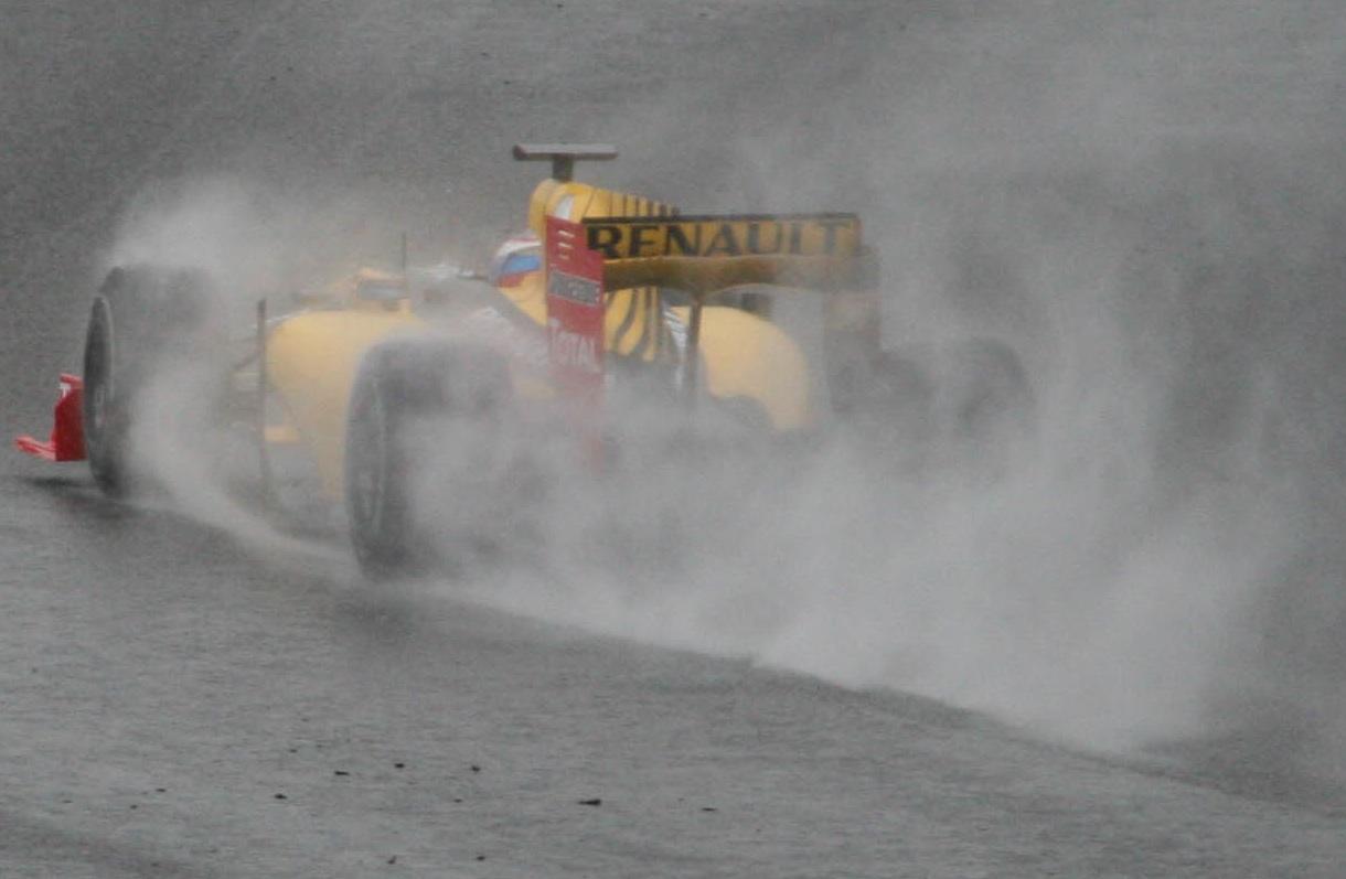 Petrov_Rain_Jerez_(cropped).jpg