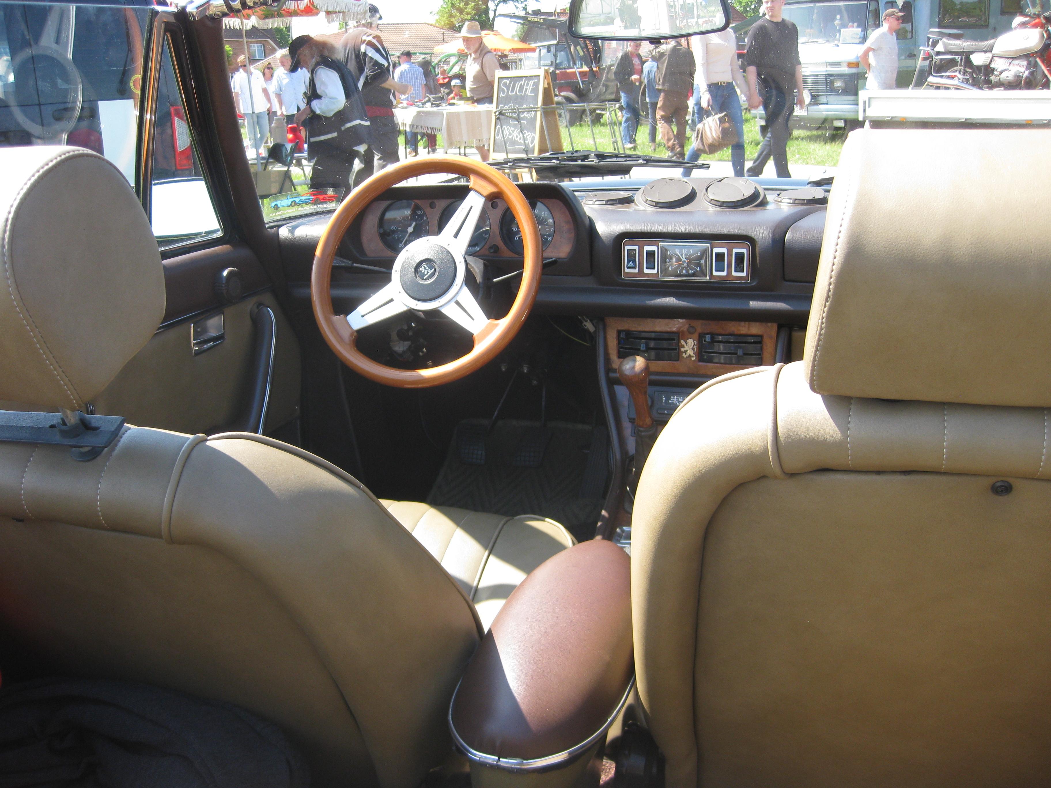 Dateipeugeot 504 Cabrio Cockpitjpg Wikipedia
