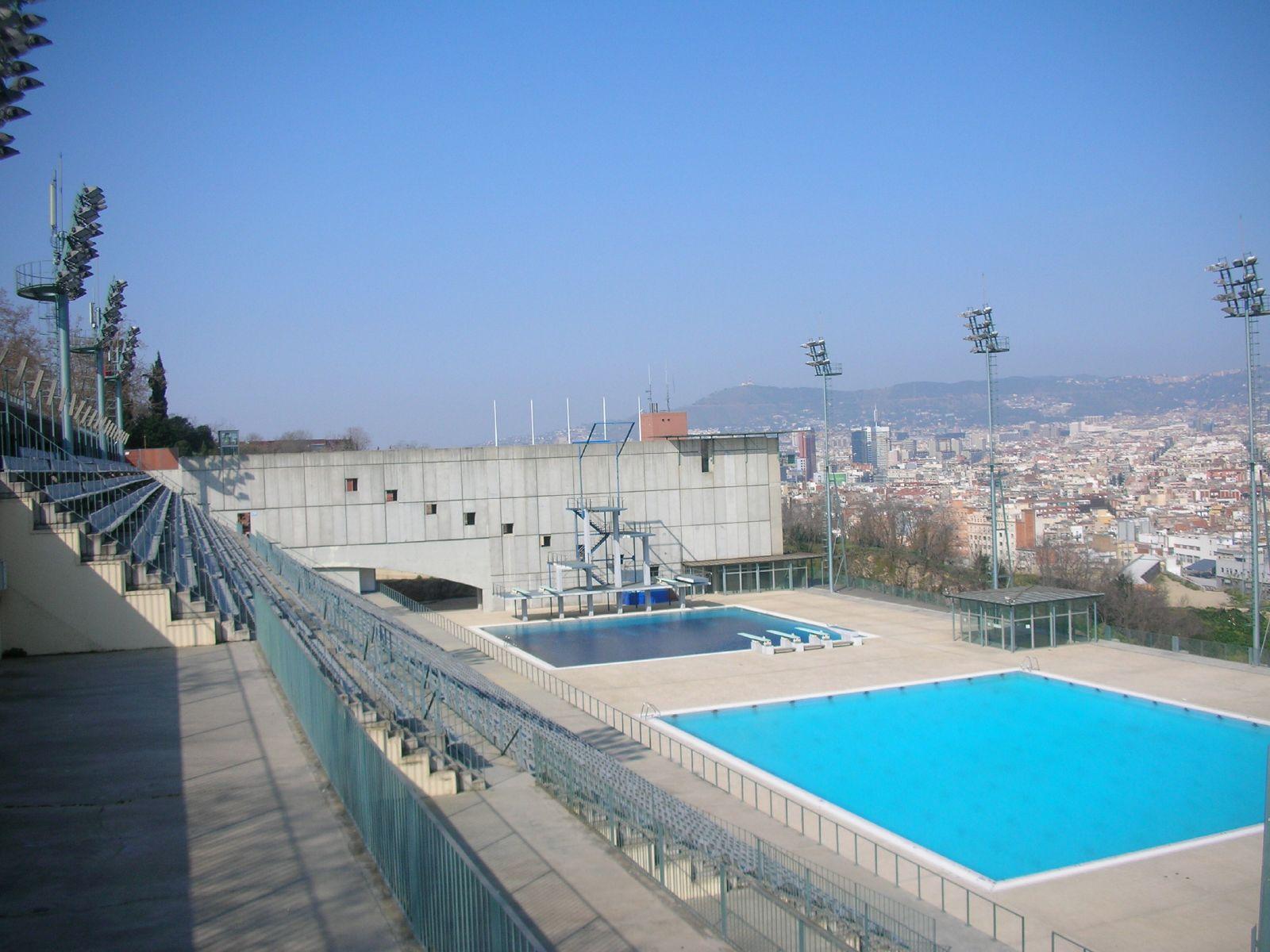 File piscines montju c barcelona wikimedia for Piscine w barcelone