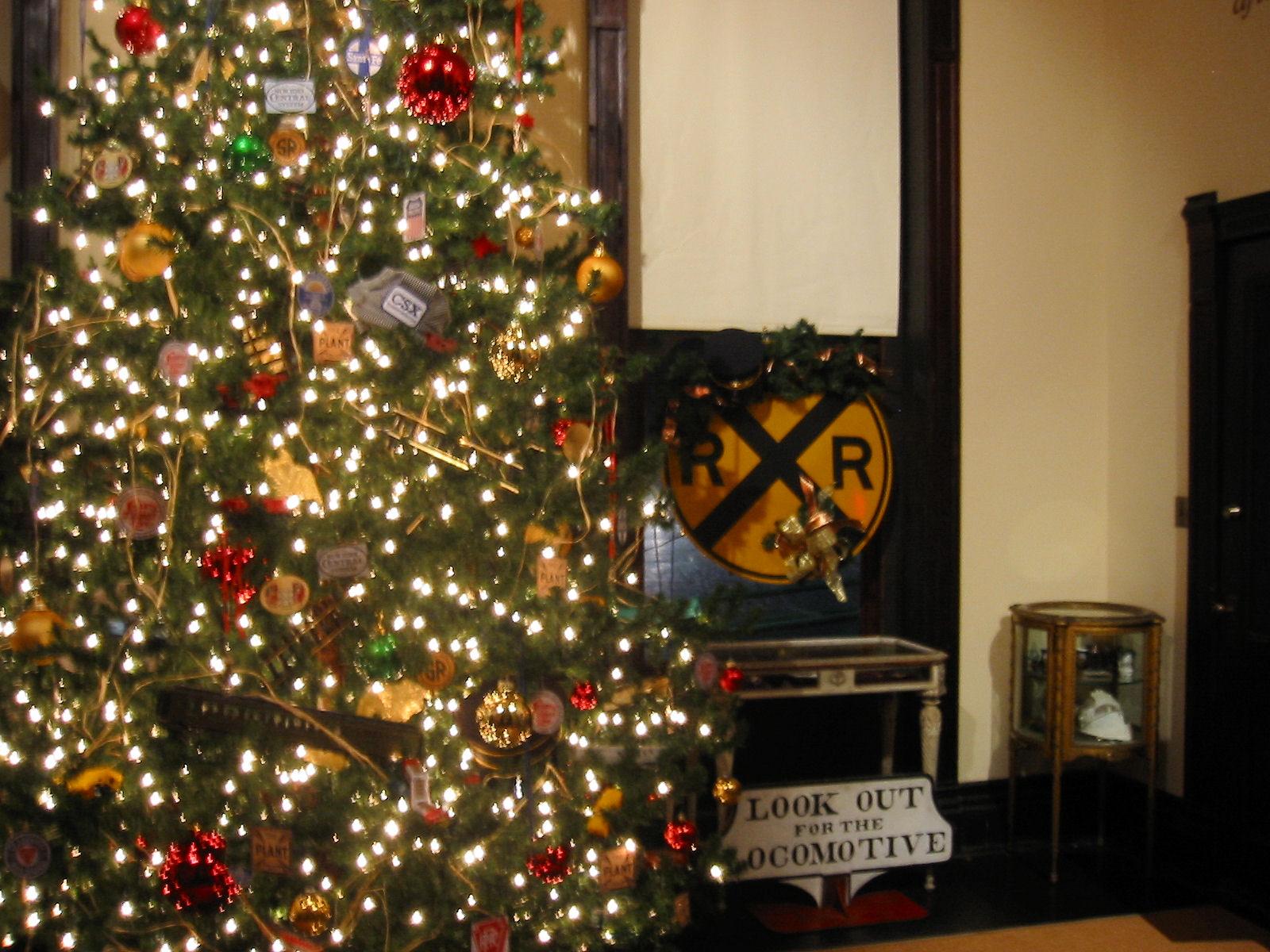 Plant Museum Christmas Tree