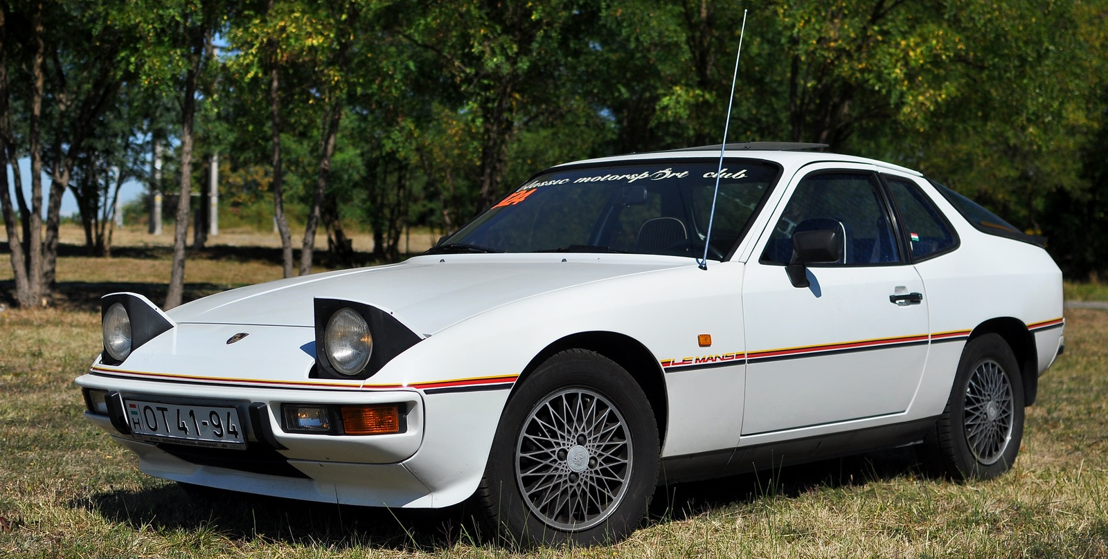 porsche 924 le mans wikipedia. Black Bedroom Furniture Sets. Home Design Ideas