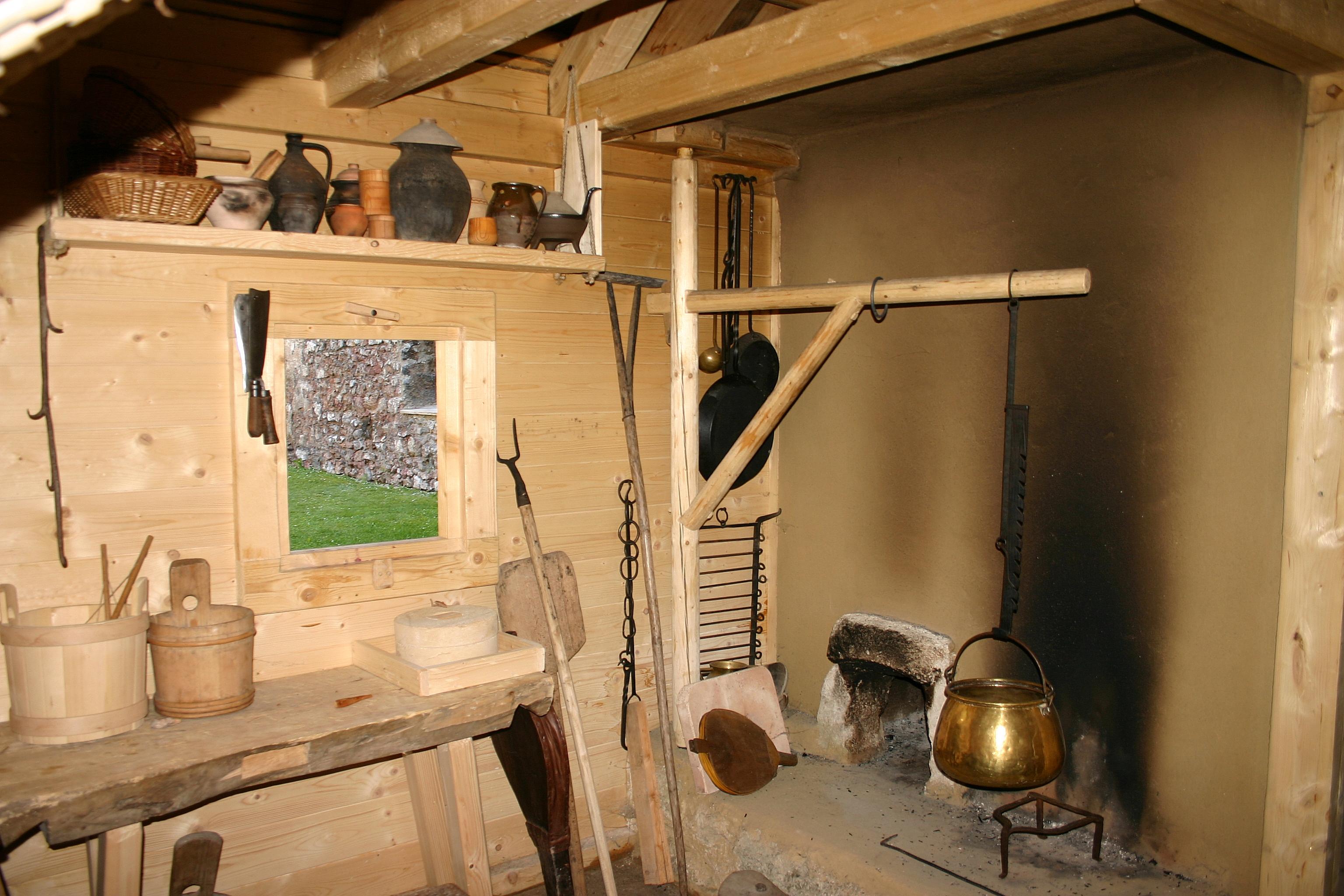 Mittelalter Küche | Datei Puchberg Burgruine Mittelalterliche Kuche Jpg Wikipedia