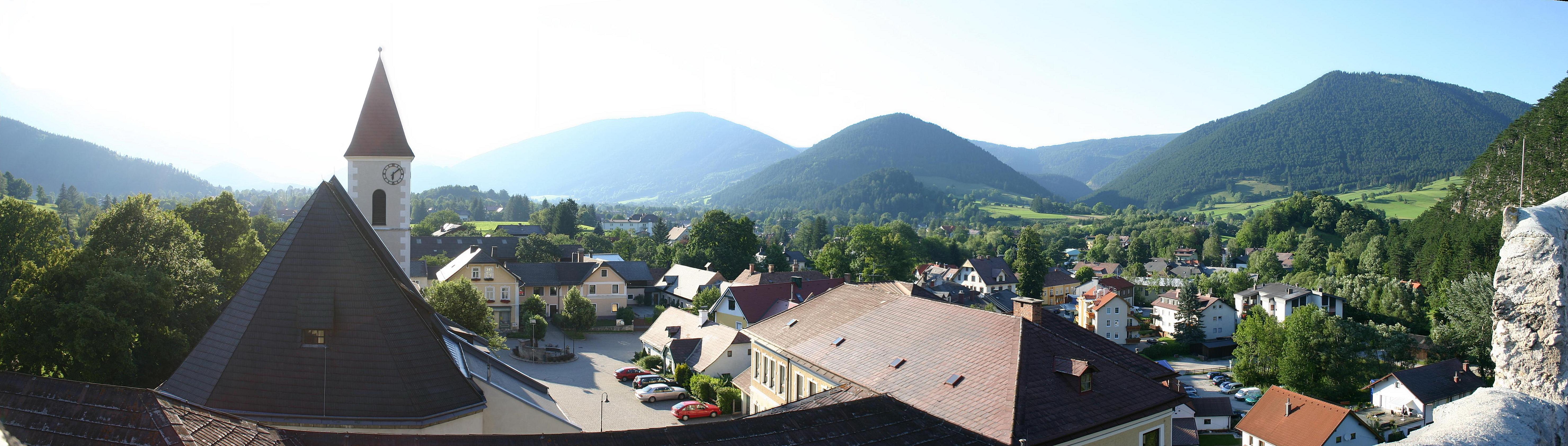 Puchberg am Schneeberg Panorama.jpg