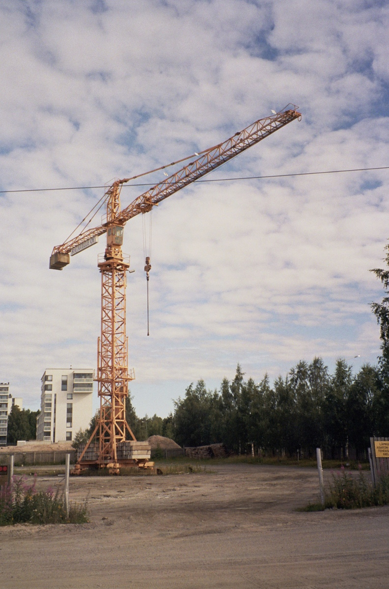 File Rajaville crane in Alppila, Oulu Jul2008 001 jpg  Wikimedia Commons