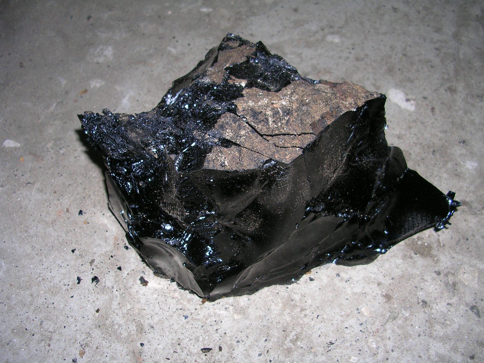 Refined asphalt/bitumen image