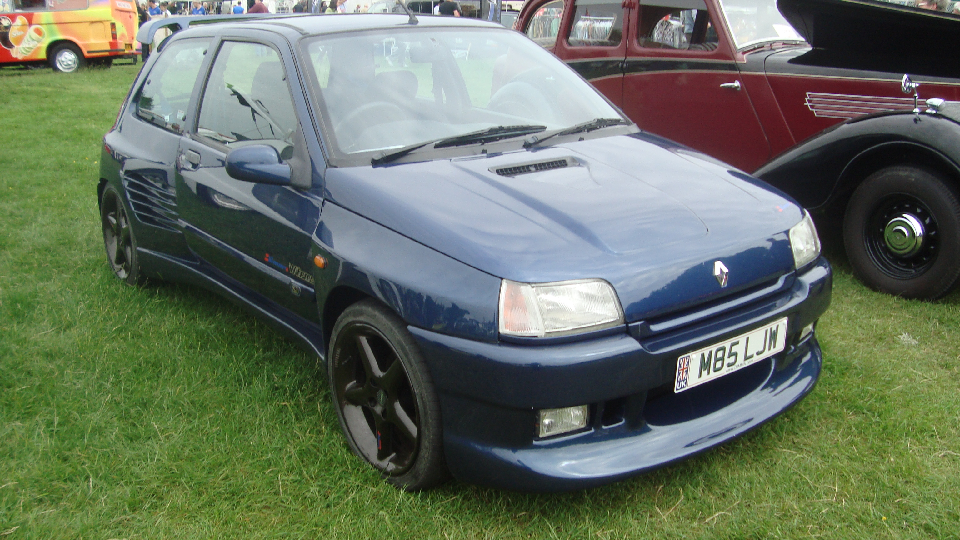 file renault clio williams 14311870682 jpg wikimedia commons. Black Bedroom Furniture Sets. Home Design Ideas
