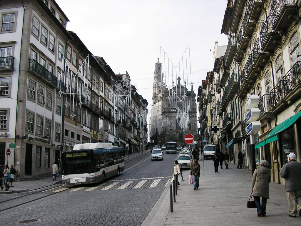 AMA: A PREMIAÇÃO Rua_Clerigos_(Porto)