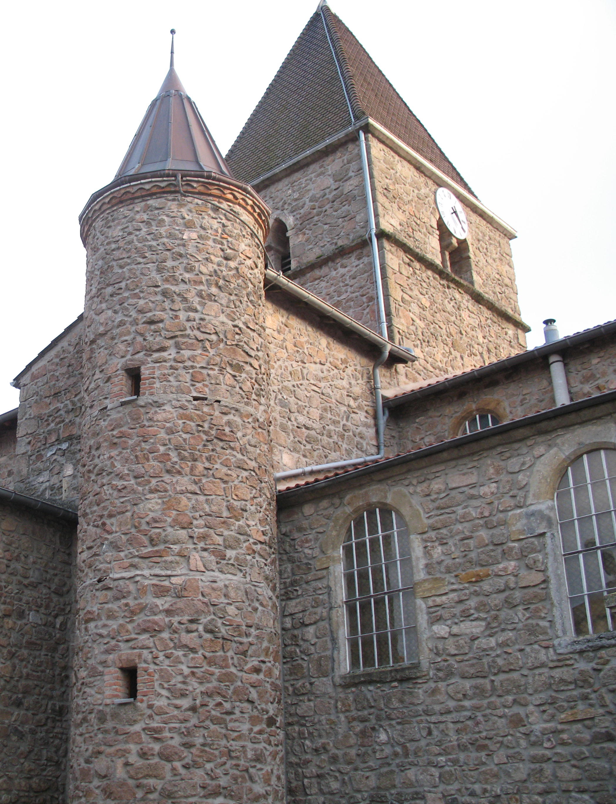 http://upload.wikimedia.org/wikipedia/commons/4/45/Saint-Jacques-des-Arr%C3%AAts_1.jpg