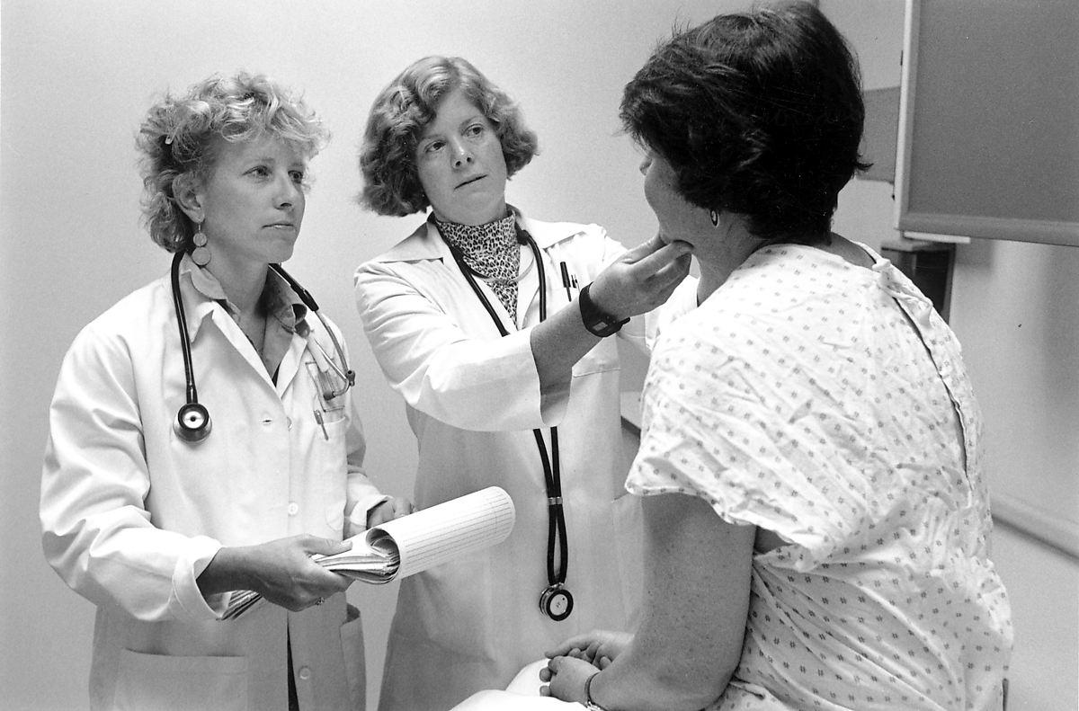 Doctorpatient relationship  Wikipedia