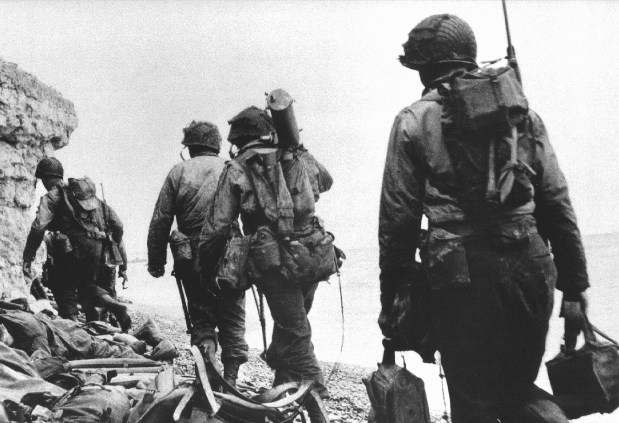 an analysis of war effects in the things they carried by tim obrien O'brien's vietnam war stories, the things they carried the in the novel the things they carried,  tim o'brien purposely makes profound effect that they can.