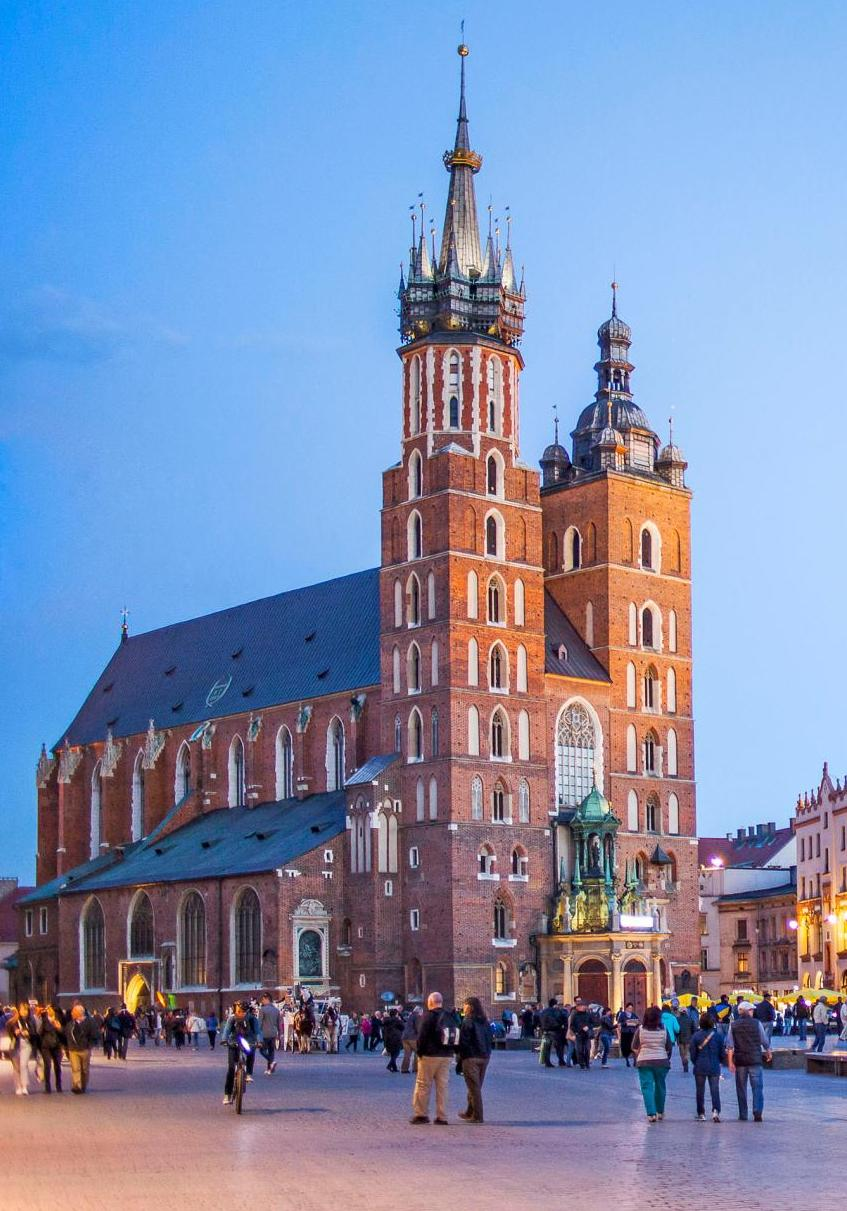 Basilika St. Mary di Alun-alun Pasar Utama, Kraków adalah contoh arsitektur Brick Gothic.