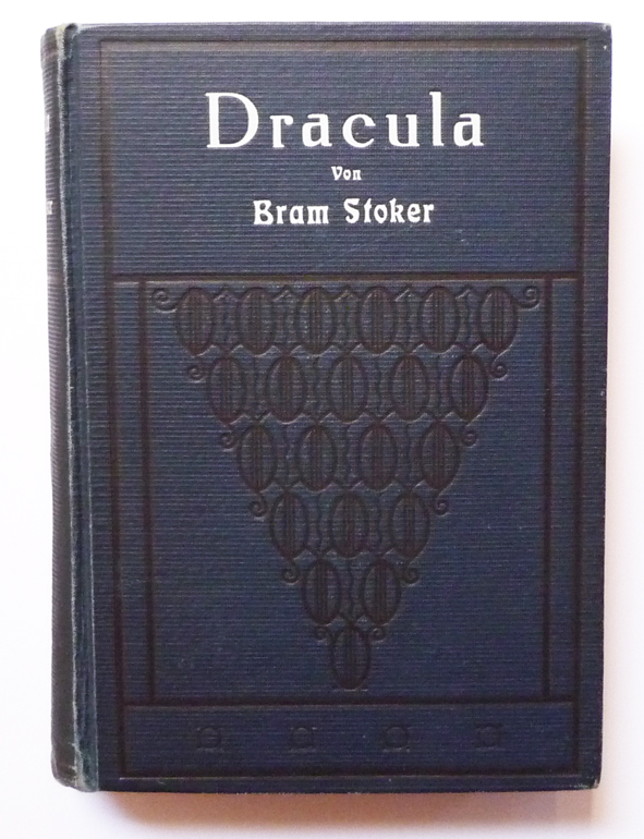 elements of romanticism in stokers dracula essay
