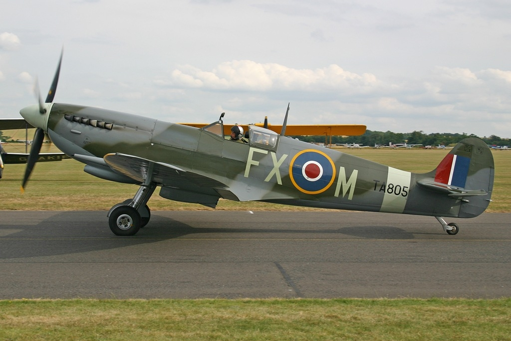 Duxford United Kingdom  city pictures gallery : ... IX PETER ROY MONK G PMNF, QFO Duxford, United Kingdom PP1152776253