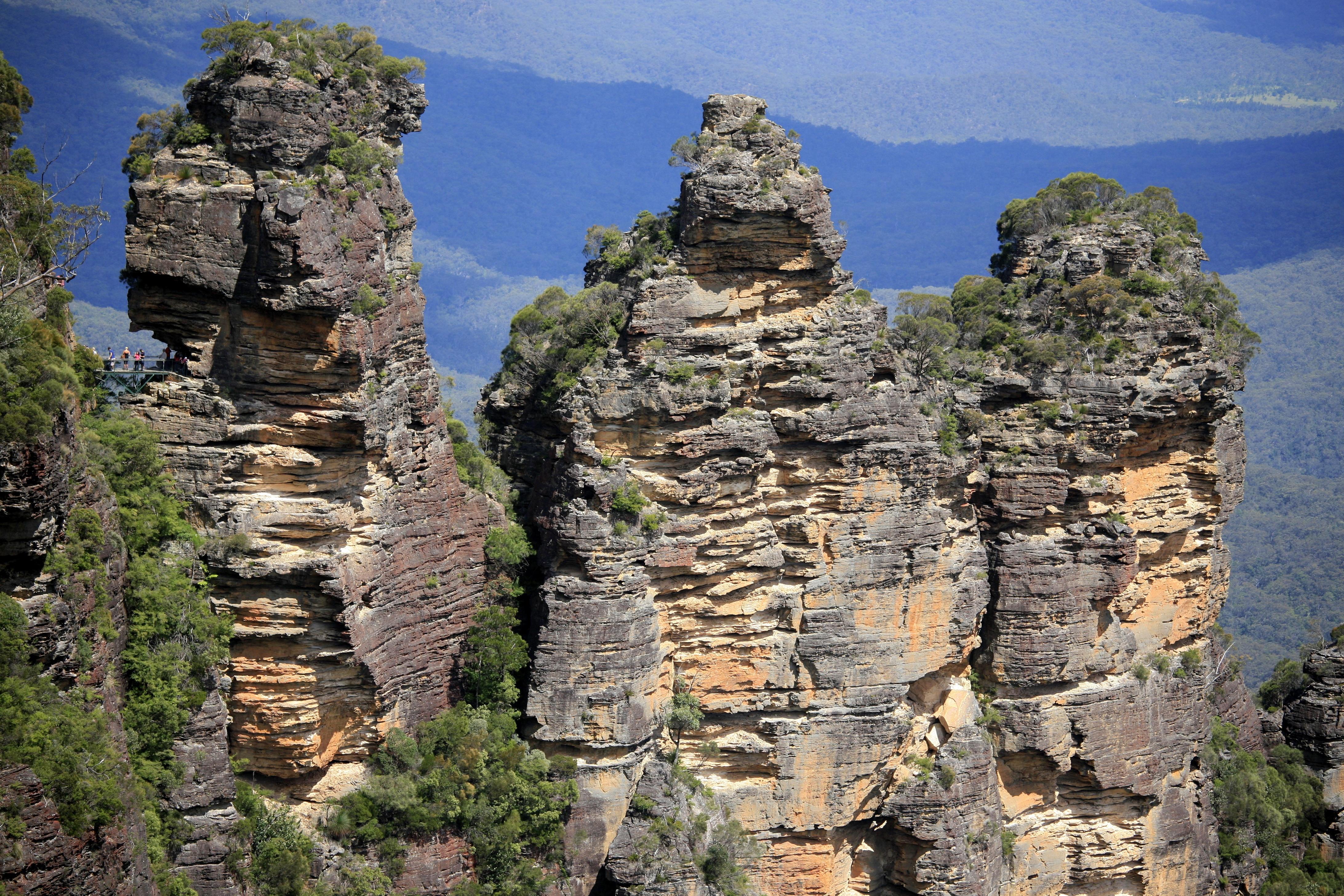 File:Three Sisters, Blue Mountains (6599542445).jpg ...