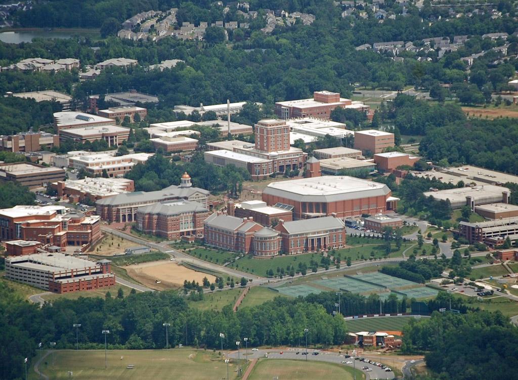 English: University of North Carolina at Charlotte