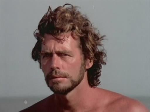 Argentina desnuda en la playa y perro le roba la tanga 1 - 1 8