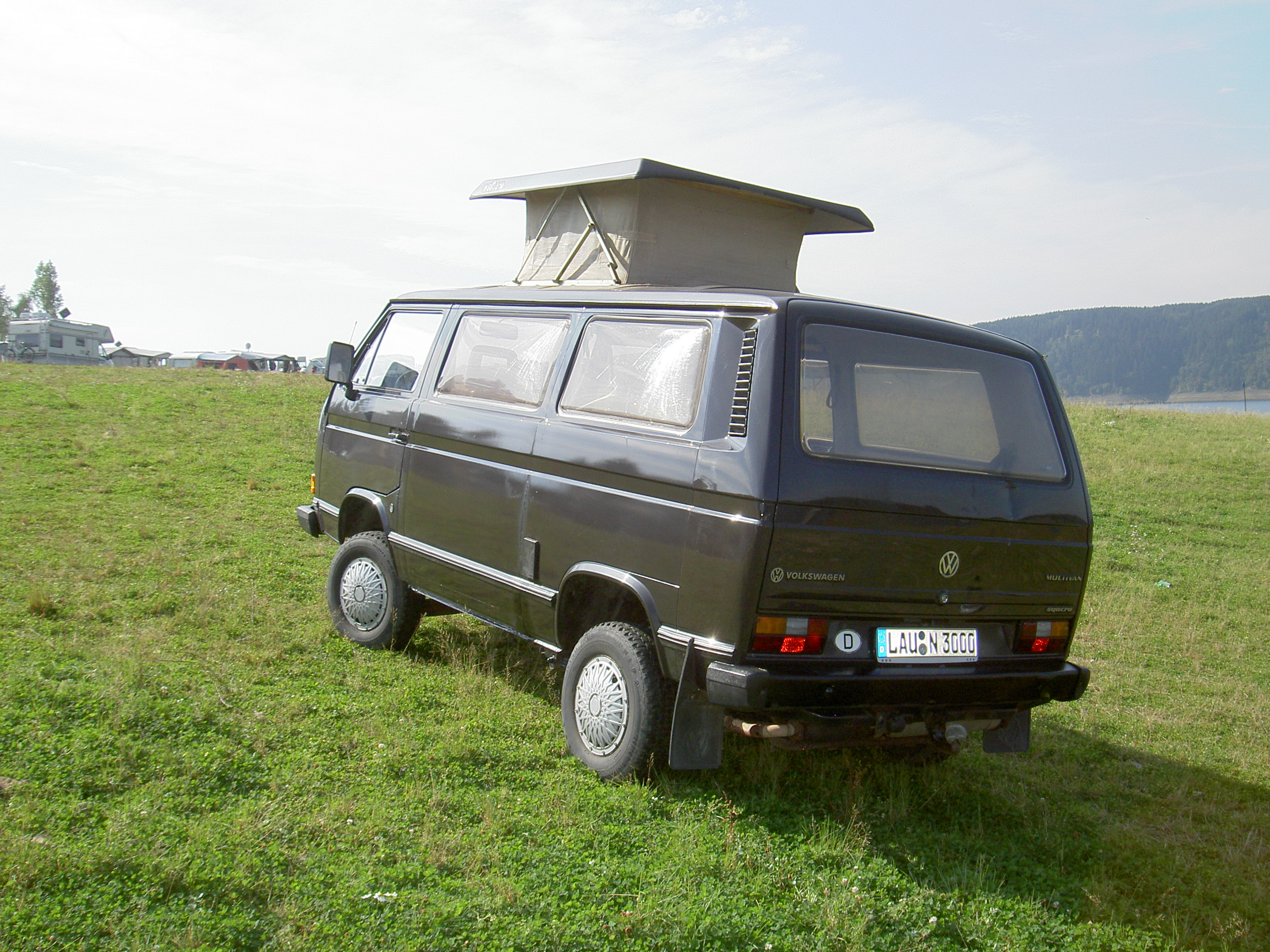 Datei:VW Type2 T3 Caravelle Synchro with roof.jpg – Wikipedia