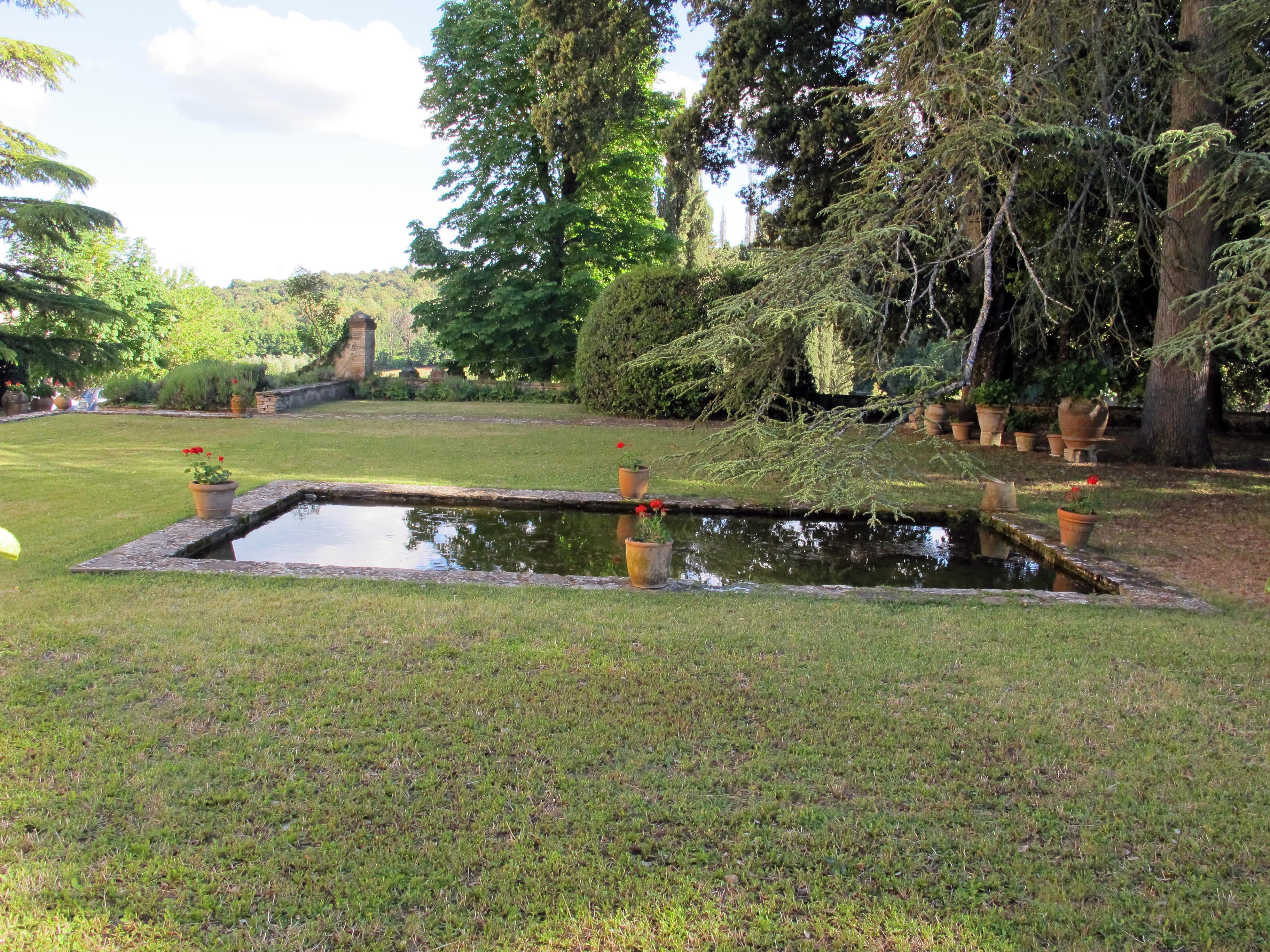 Villa Il Colle, Monteroni d'Arbia, il giardino