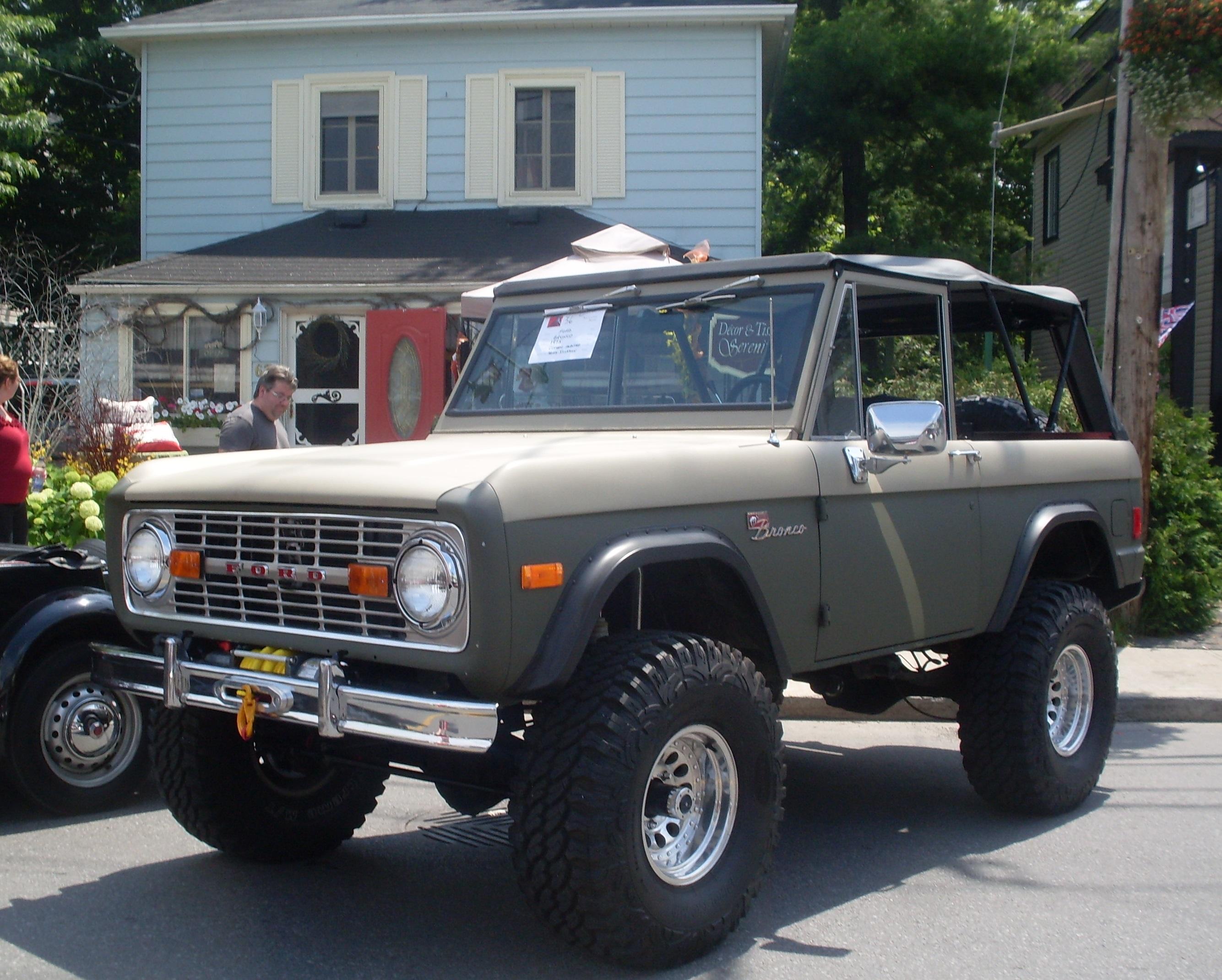 File78 ford bronco auto classique hudson