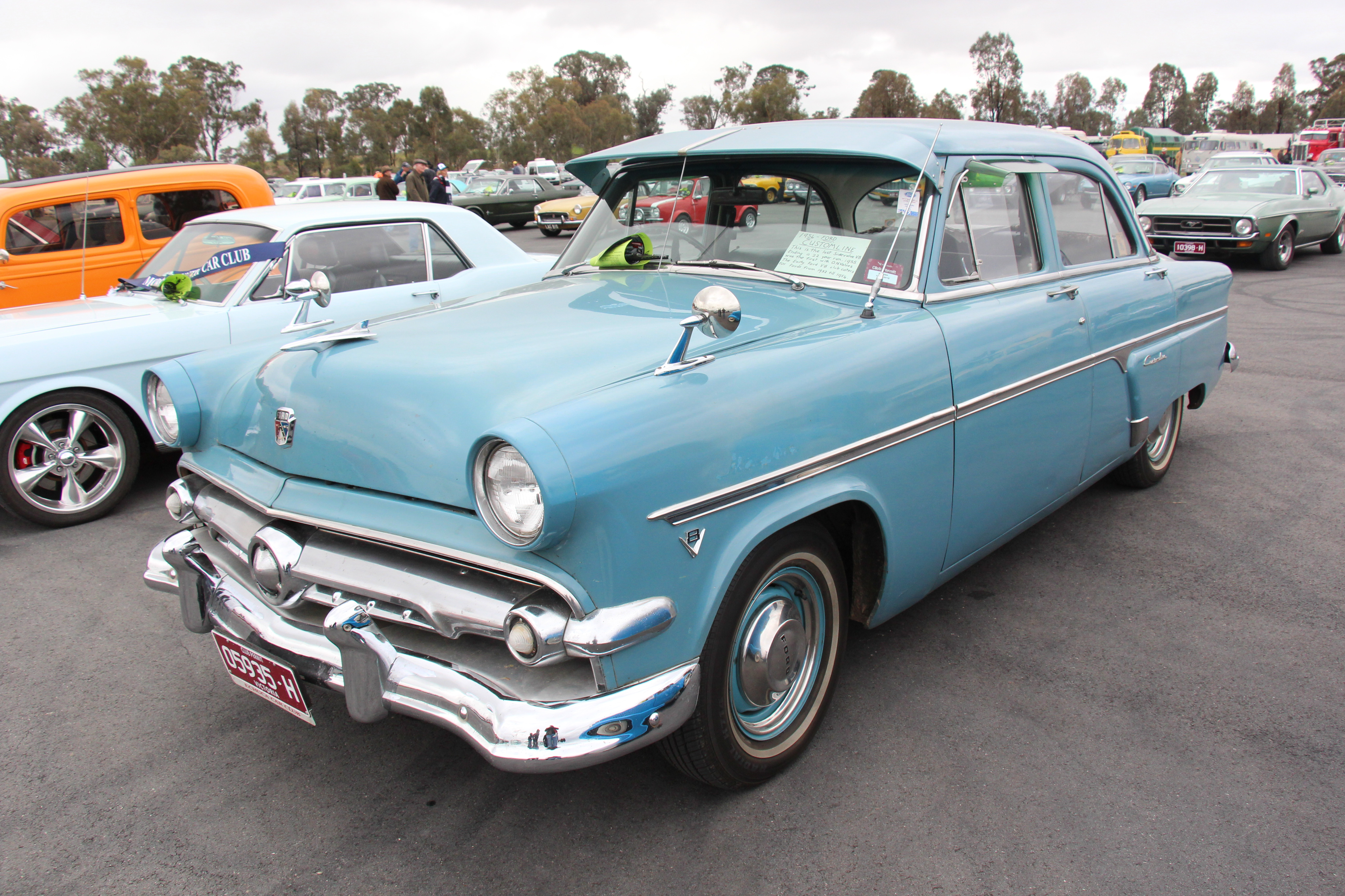 File1954 Ford V8 Customline sedan 18185882840jpg  Wikimedia
