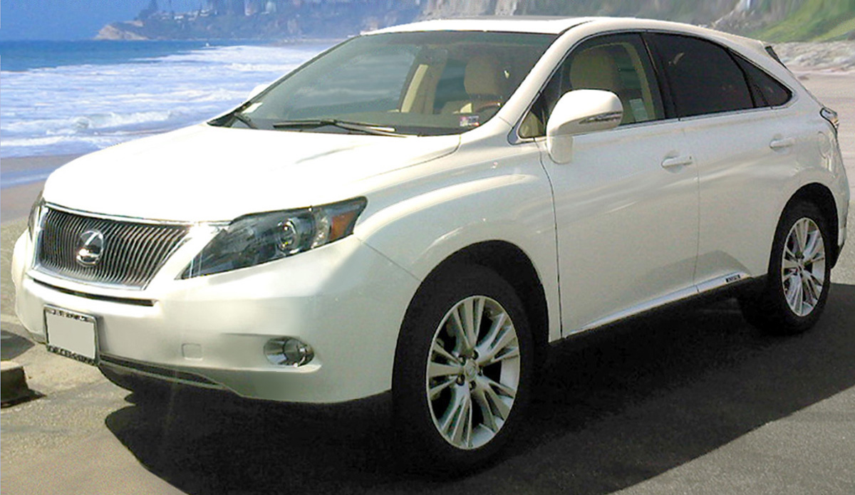 https://upload.wikimedia.org/wikipedia/commons/4/46/2010_Lexus_RX_450h_Starfire_Pearl.jpg