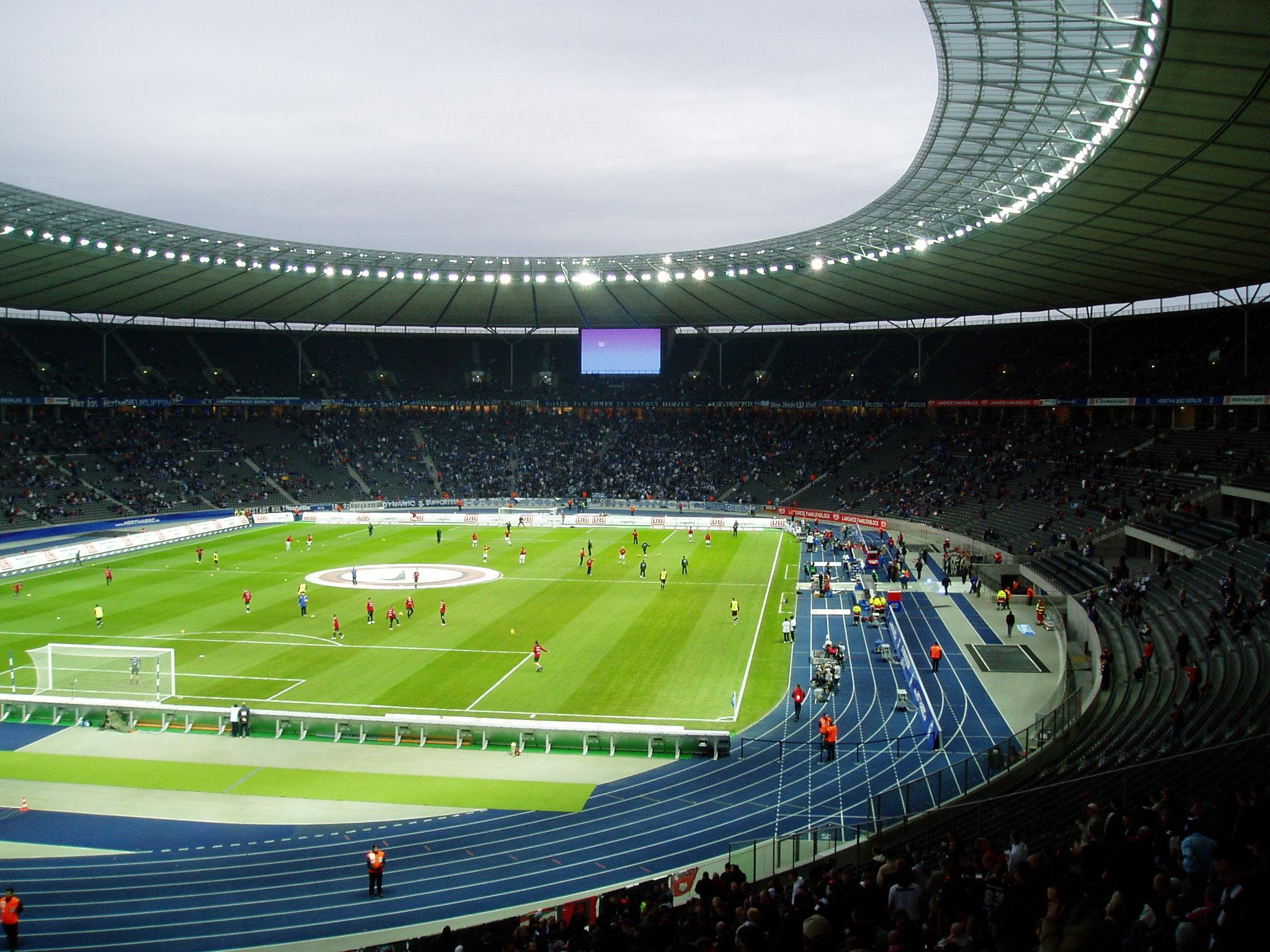 file 61216 olympiastadion berlin hertha eintracht jpg. Black Bedroom Furniture Sets. Home Design Ideas