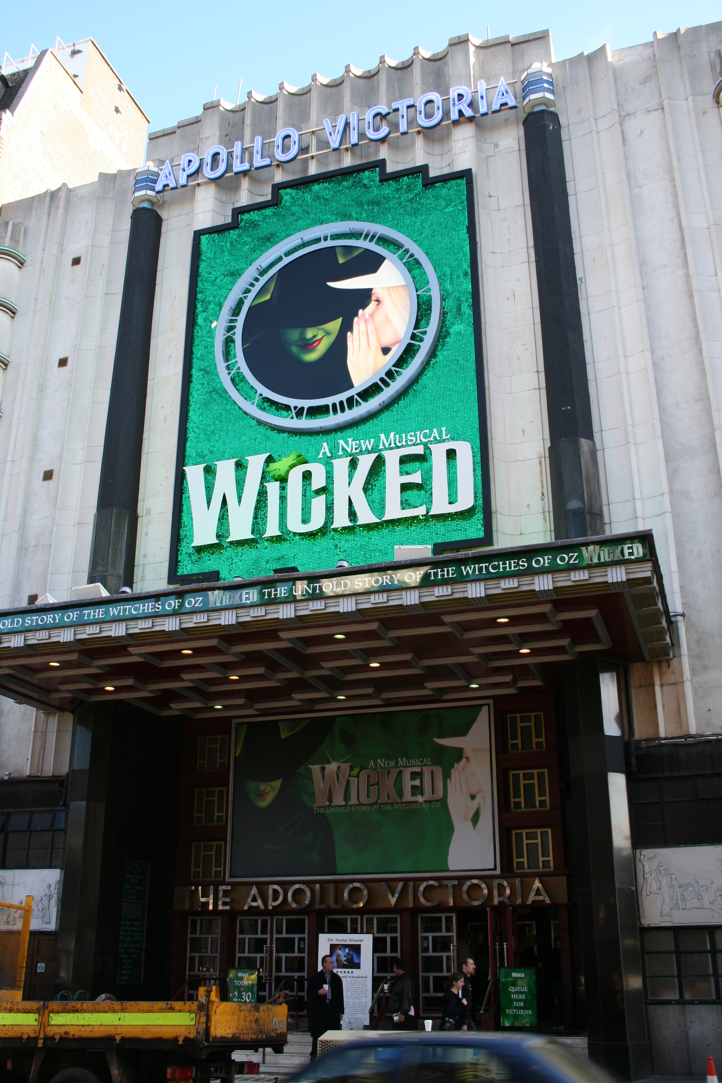 WICKED the musical [Archive] - Sam's Alfresco Coffee - The most ...
