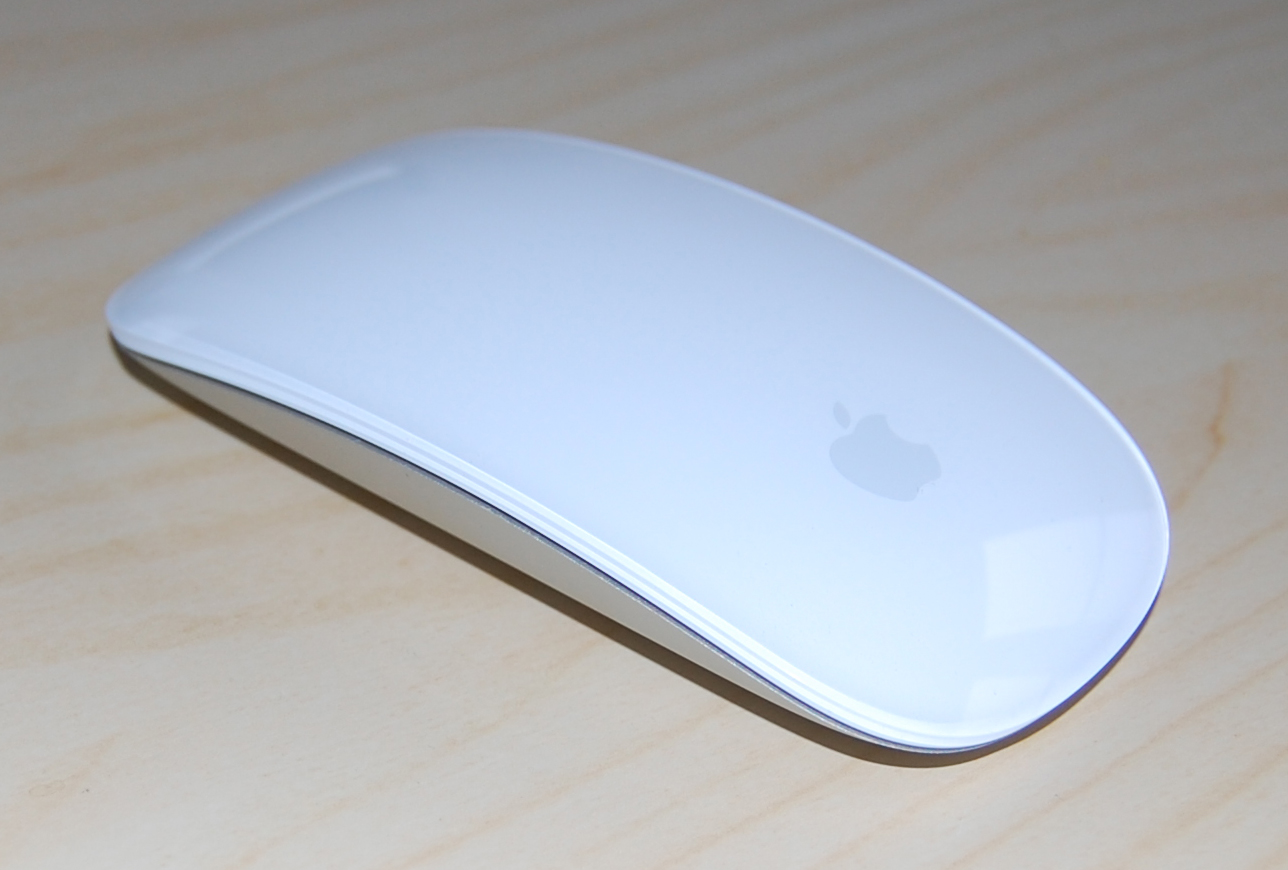image Apple and computer mouse