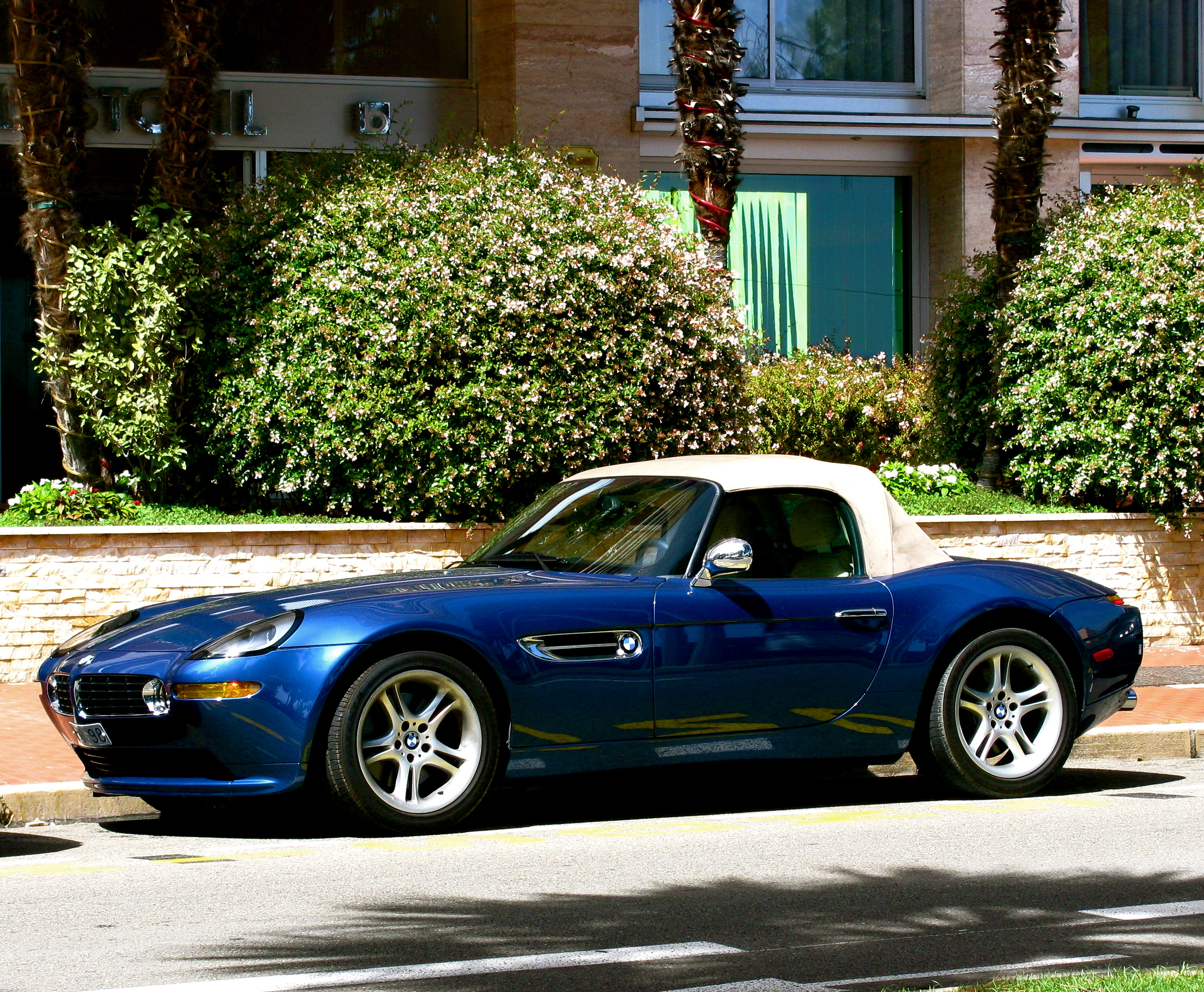 File Blue Bmw Z8 L Closed Jpg Wikimedia Commons