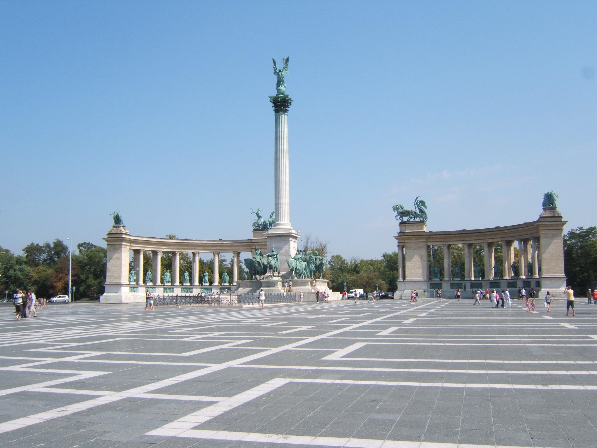 Budapest dating