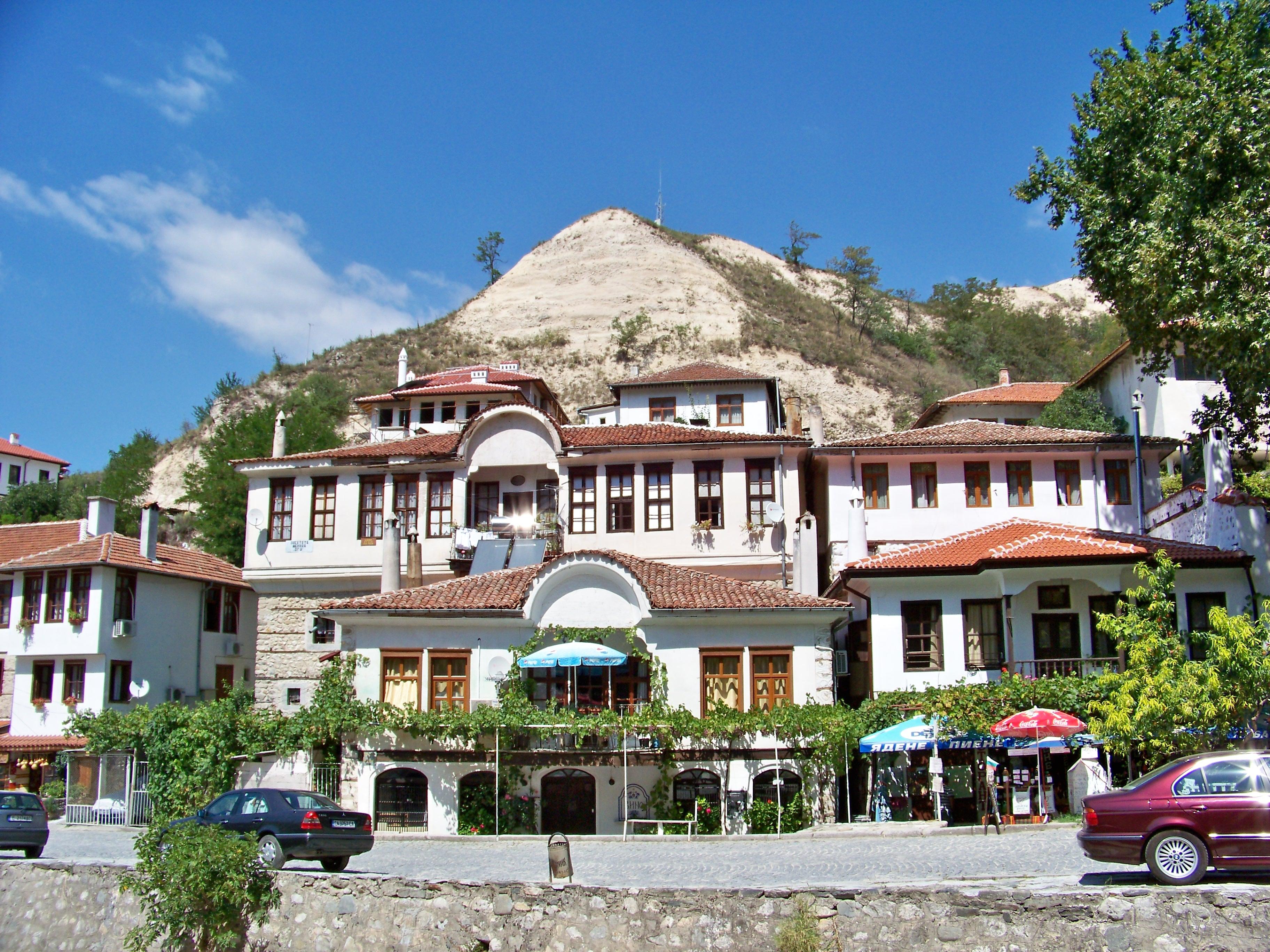 Читать дерево в городе мельник болгария как называется его мнению, для