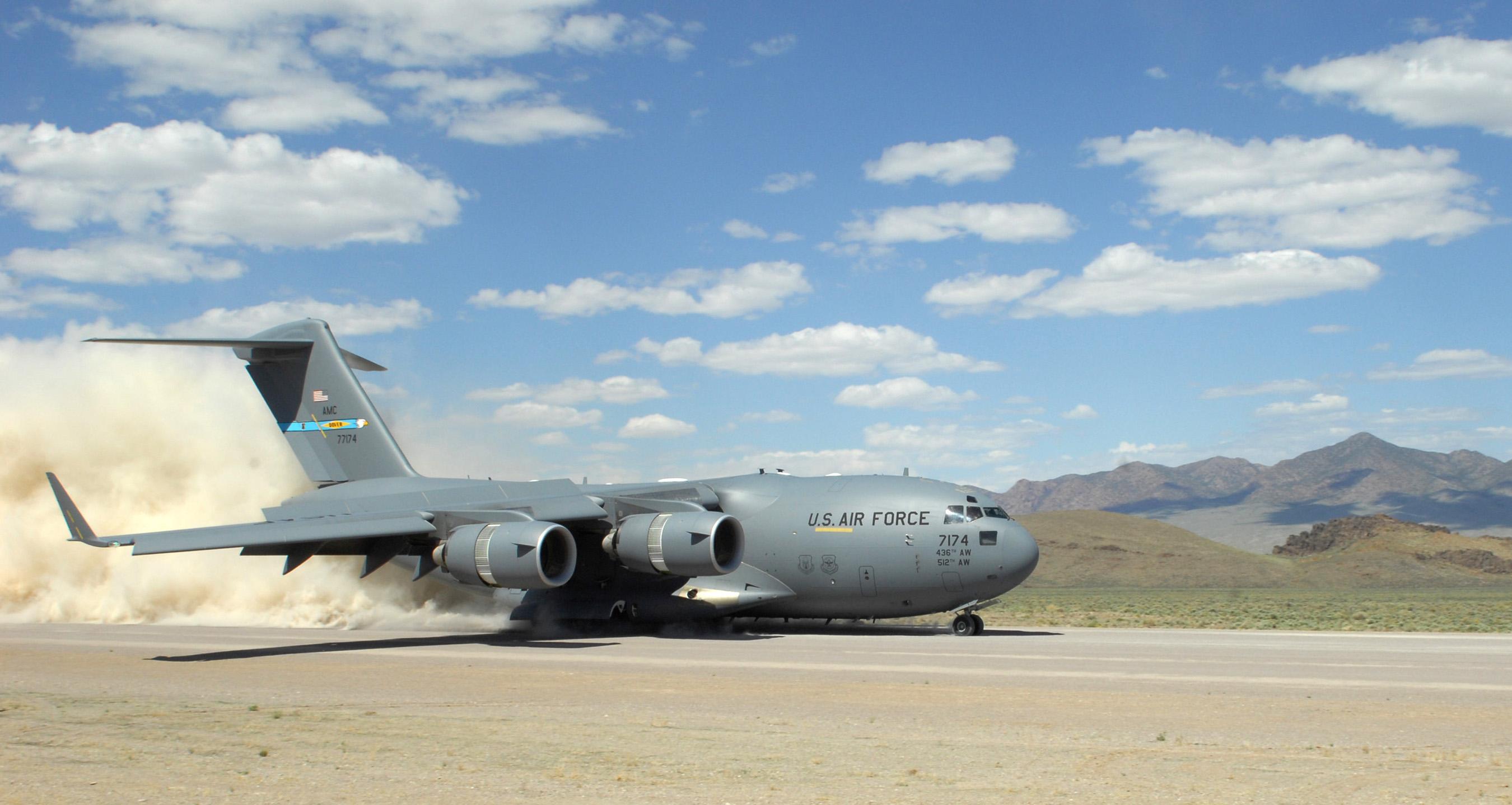 Popular Lockheed C130 Hercules amp Boeing C17   YouTube
