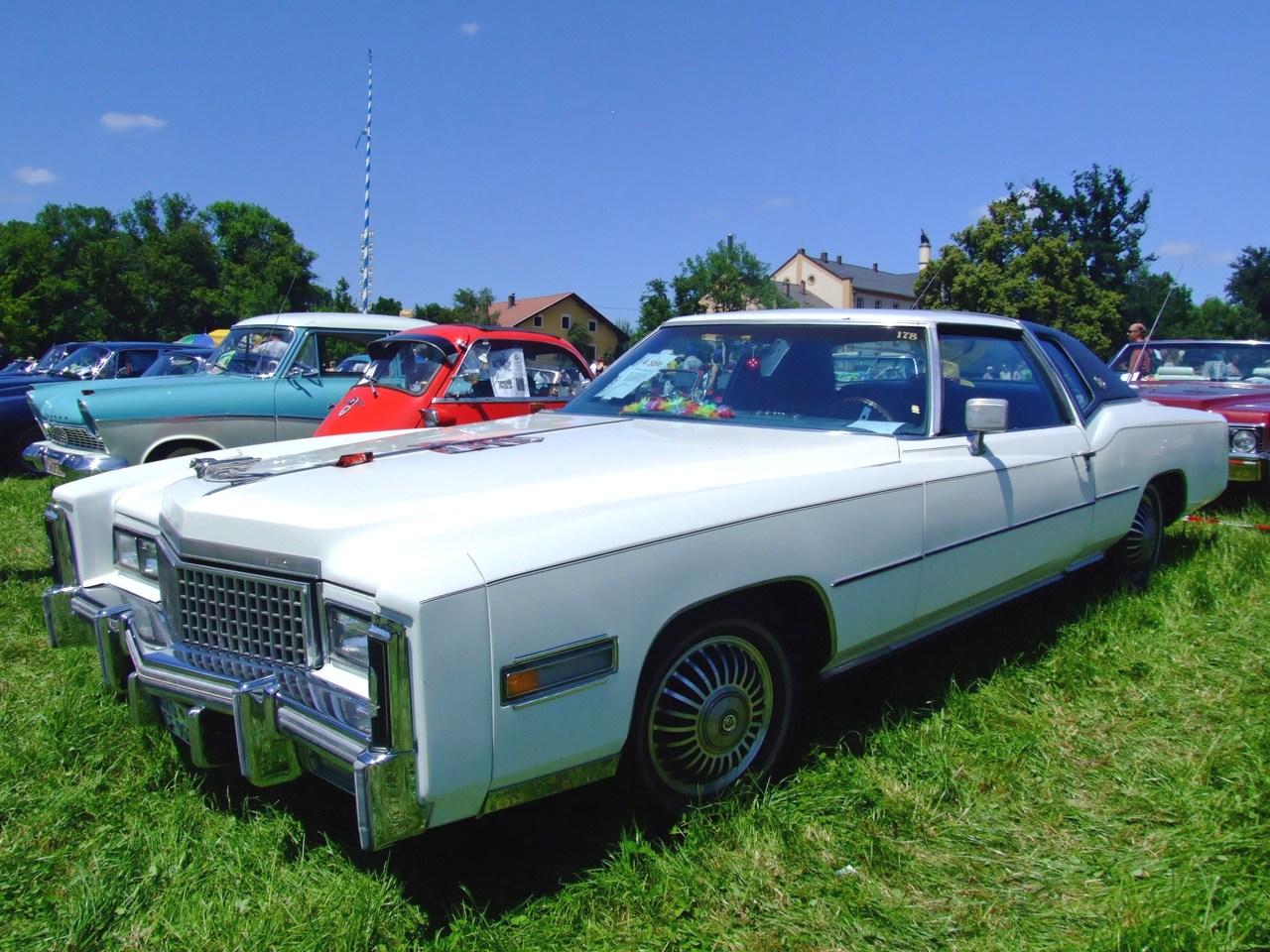 File:Cadillac Eldorado 1975 1.jpg - Wikimedia Commons