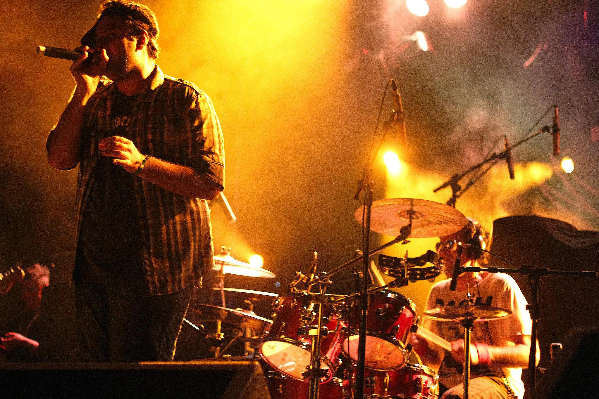 BROWN VICIOS BAIXAR MUSICA E DO JR VIRTUDES CHARLIE
