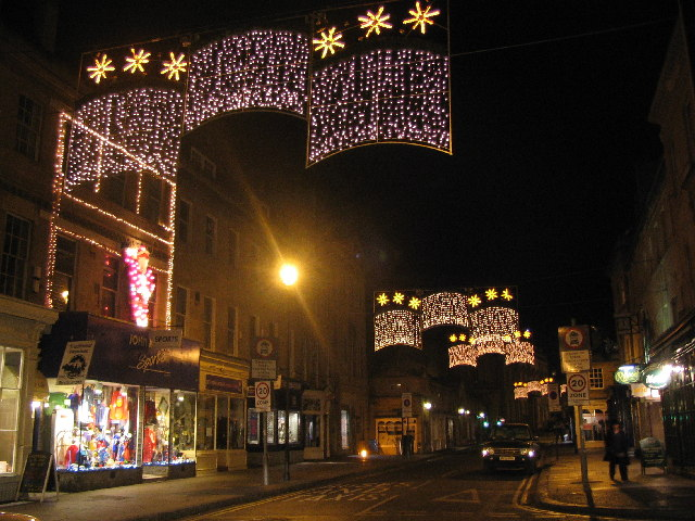 File:Christmas lights Argyle Street from Great Pulteney Street, Bath -  geograph.org - File:Christmas Lights Argyle Street From Great Pulteney Street, Bath