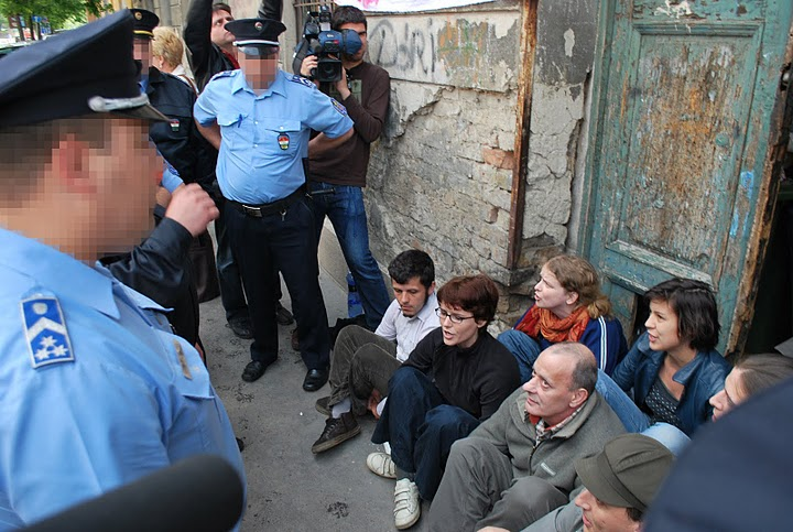 an argument against civil disobedience Democracy and civil disobedience menachem marc kellner  a second argument against civil disobedience in democracy is.