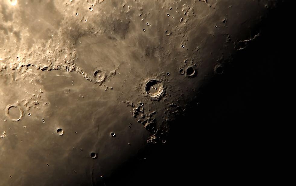 [Pilt: Copernicus_crater_TAK.jpg]