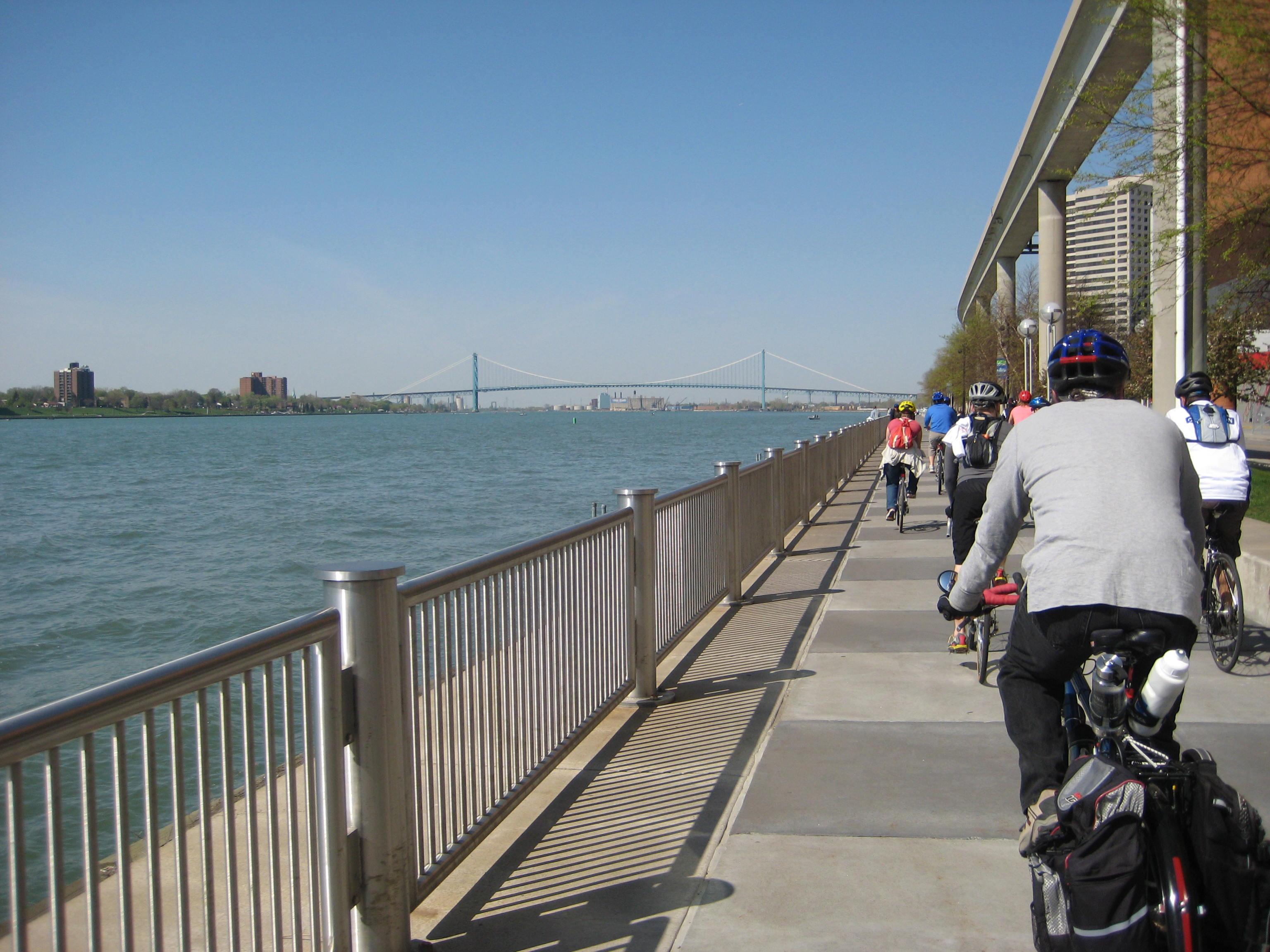 Detroit River Walk.JPG