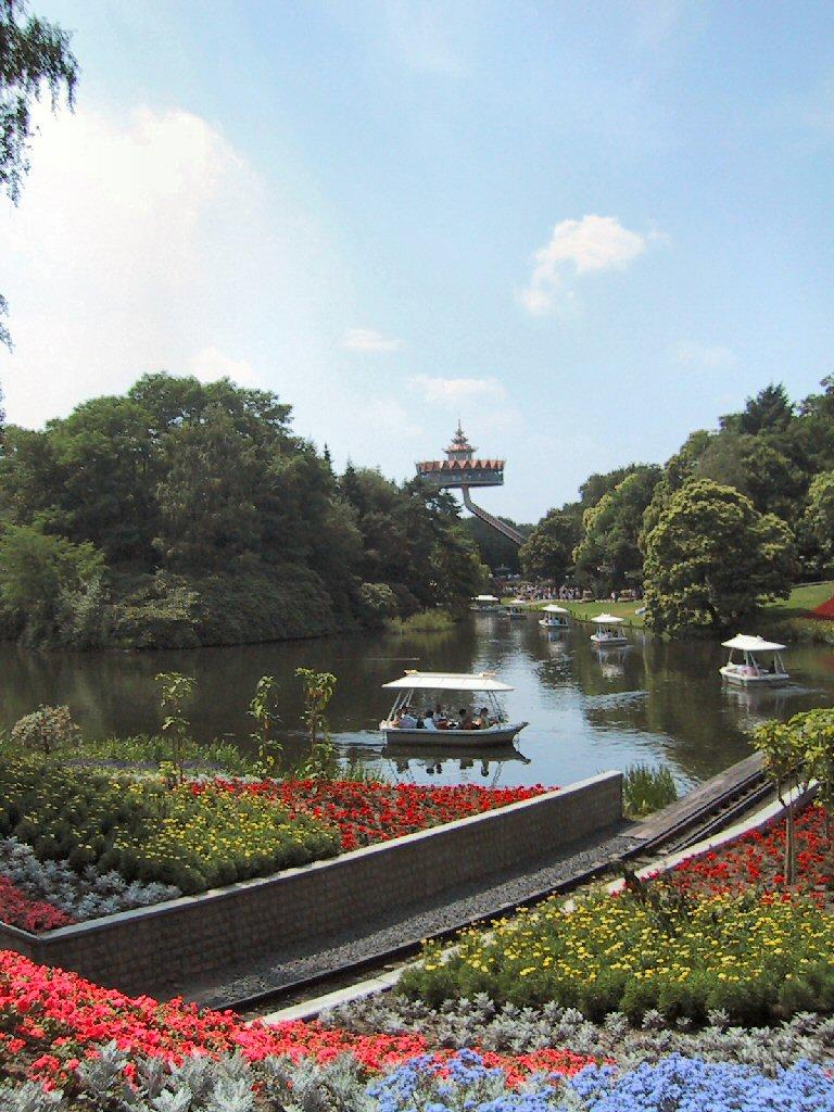 Pagoda efteling wikipedia for Amusement park netherlands